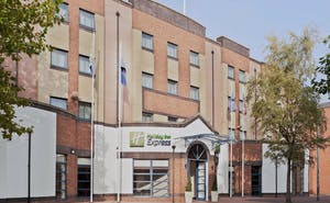 Holiday Inn Express Belfast City Queen's Quarter