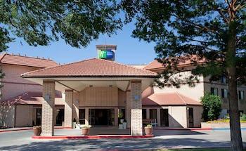 Holiday Inn Express Cortez