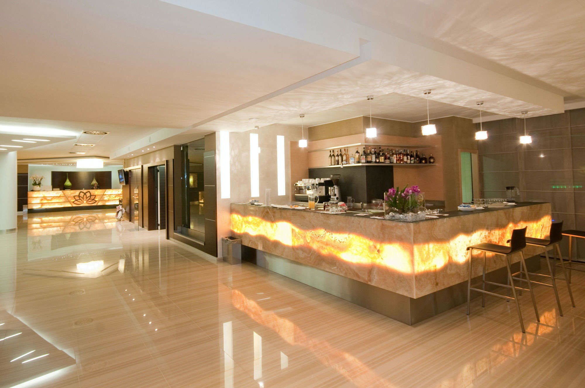 Winter Garden Hotel - Bergamo Airport