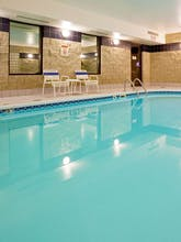 Holiday Inn Express Fargo West Acres