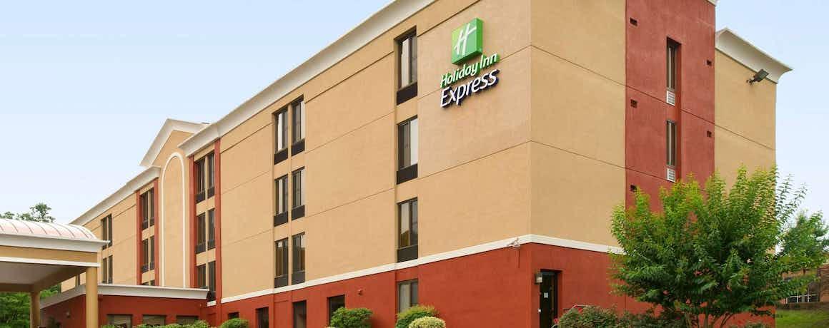 Holiday Inn Express Fairfax