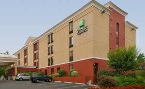 Holiday Inn Express Fairfax