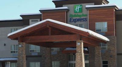 Holiday Inn Express Golden Kicking Horse