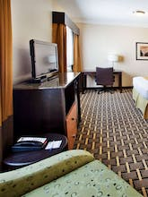 Holiday Inn Express Hotel & Suites Atlanta Downtown