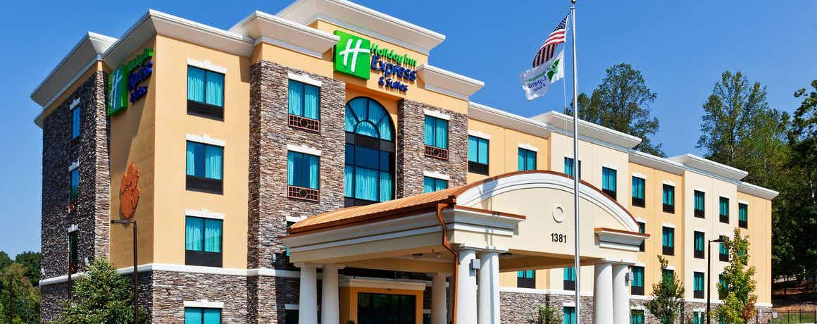 Holiday Inn Express Hotel & Suites Clemson