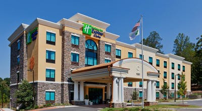 Holiday Inn Express Hotel & Suites Clemson