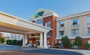 Holiday Inn Express Hotel & Suites Dillsboro Western Carolina