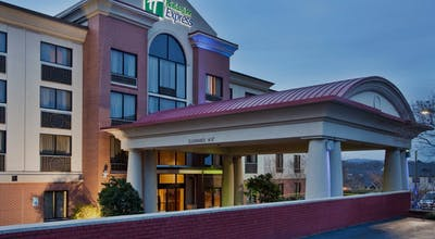 Holiday Inn Express Hotel & Suites Downtown