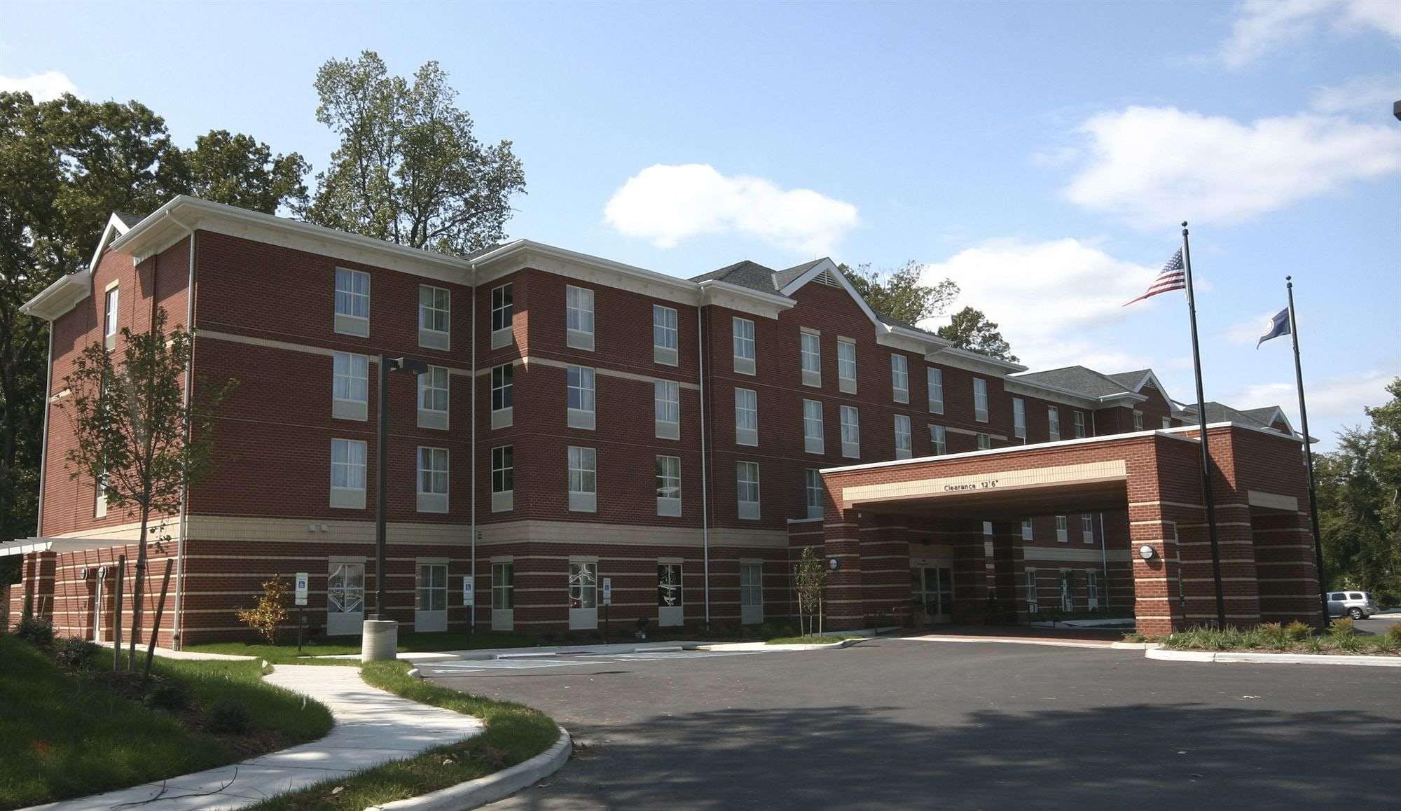 Hampton Inn & Suites Williamsburg Historic District