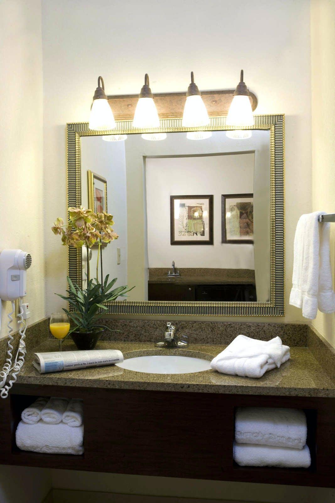 Holiday Inn Express Hotel & Suites Emory University
