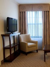 Holiday Inn Express Hotel & Suites Hadley