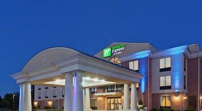 Holiday Inn Express Hotel & Suites Harrington