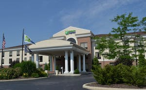 Holiday Inn Express Hotel & Suites Kent State