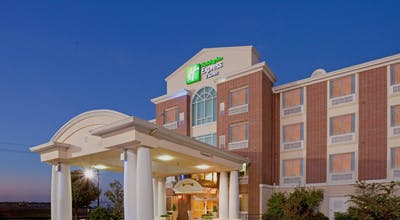 Holiday Inn Express Hotel & Suites Lake Worth NW