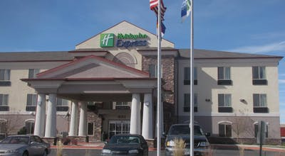 Holiday Inn Express Hotel & Suites Limon