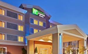 Holiday Inn Express Hotel & Suites Marysville