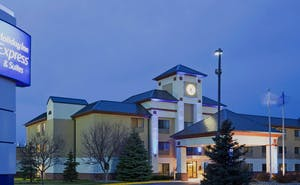 Holiday Inn Express Hotel & Suites Minneapolis Golden Valley