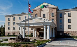 Holiday Inn Express Hotel & Suites Morristown