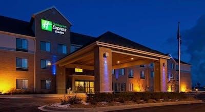 Holiday Inn Express Hotel & Suites Pleasant Prairie