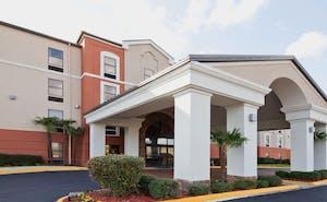 Holiday Inn Express Hotel & Suites Ridgeland Jackson North Area