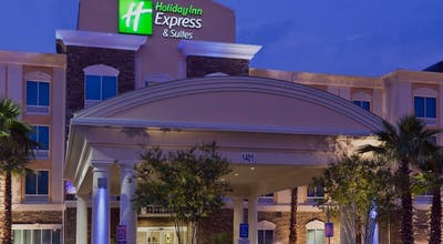 Holiday Inn Express Hotel & Suites Saraland