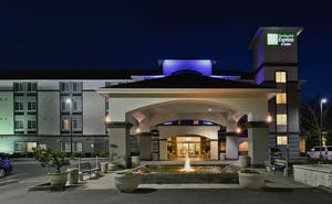 Holiday Inn Express Hotel & Suites South Lakewood