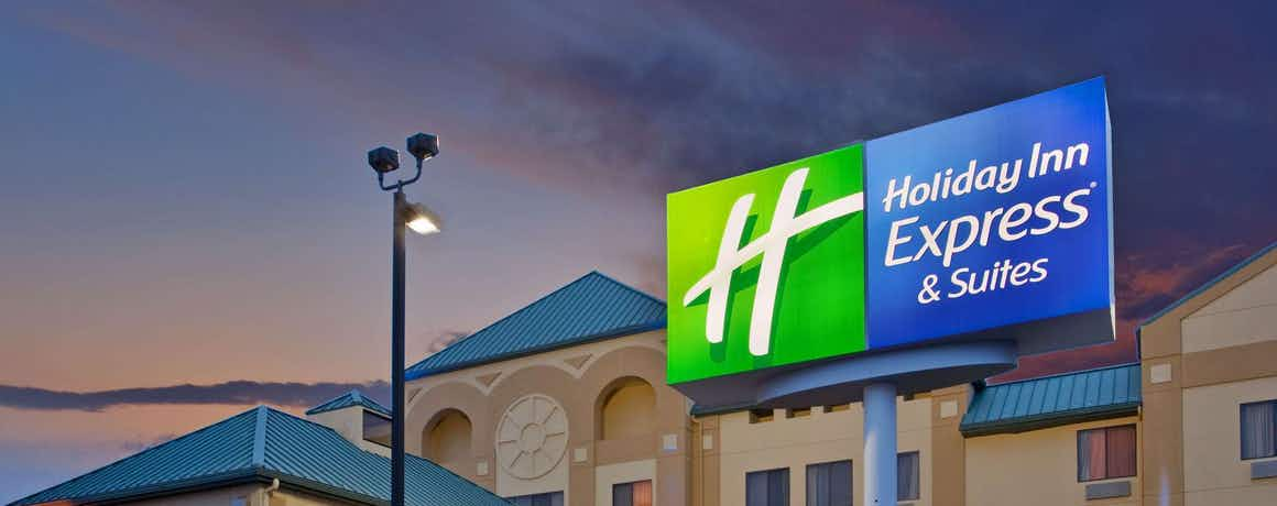 Holiday Inn Express Hotel & Suites St. Louis West Fenton