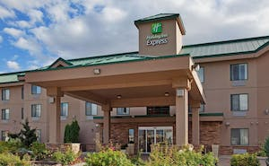 Holiday Inn Express Hotel & Suites Vernon