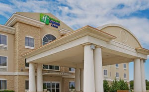 Holiday Inn Express Hotel & Suites Vernon College