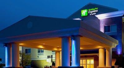 Holiday Inn Express Hotel & Suites Yankton