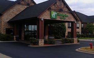 Holiday Inn Hotel & Suites Lake Elmo