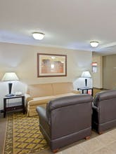 Candlewood Suites Topeka