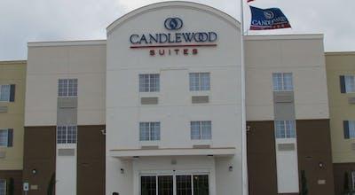 Candlewood Suites Victoria