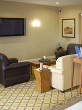 Candlewood Suites Windsor Locks Bradley Airport