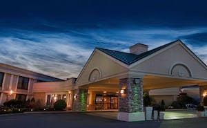 Holiday Inn Buffalo International Airport