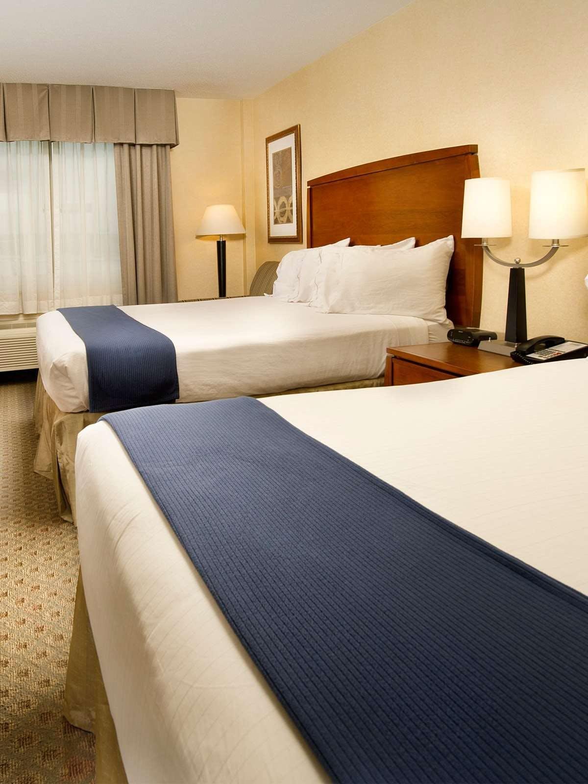 Holiday Inn Express Baltimore Stadiums