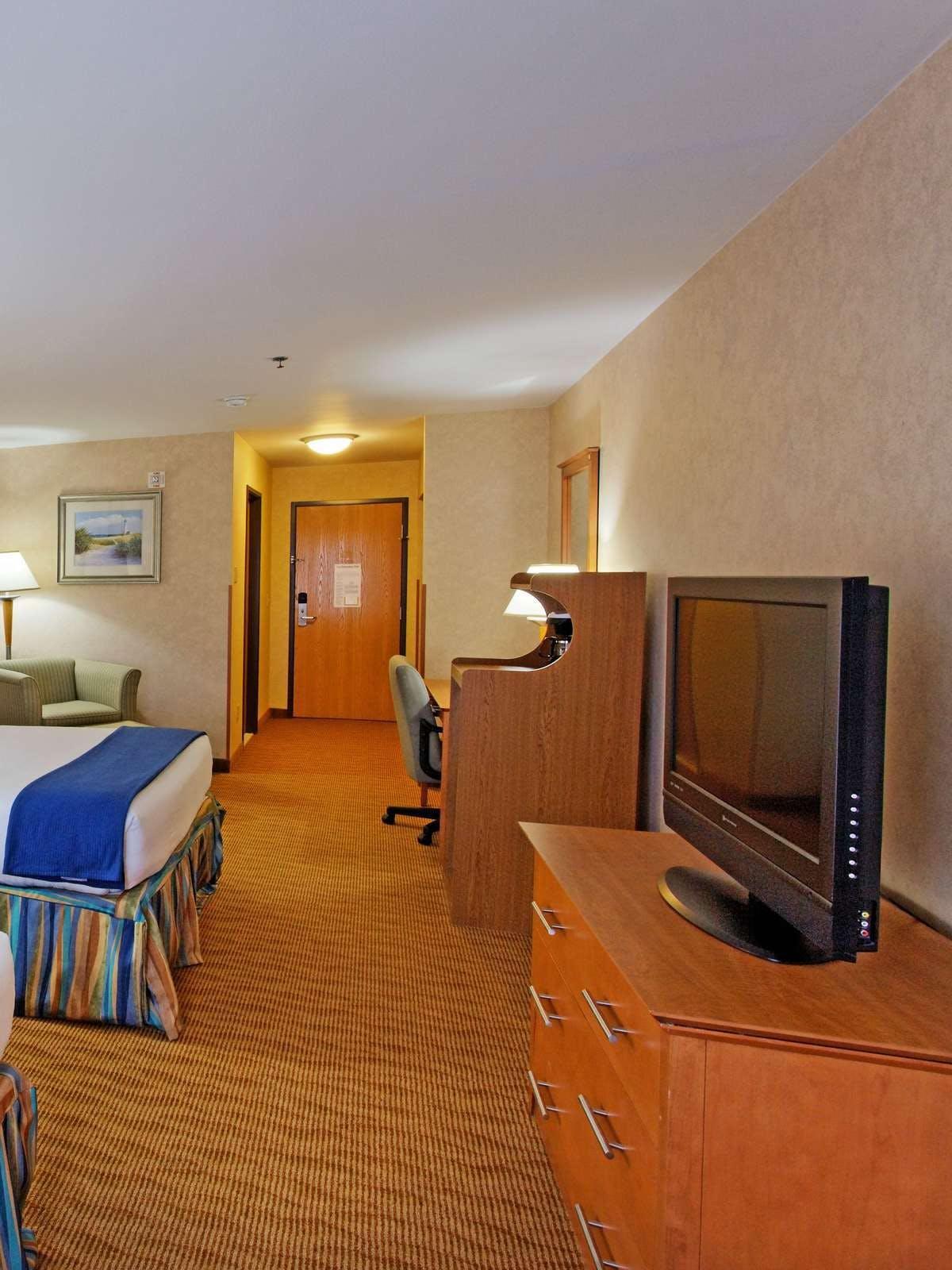 Holiday Inn Express Branford
