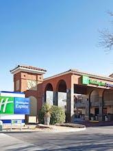 Holiday Inn Express Albuquerque Eubank