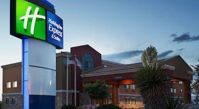 Holiday Inn Express Hotel & Suites Albuquerque Balloon Fiesta Park