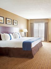 Holiday Inn Aurora North Naperville