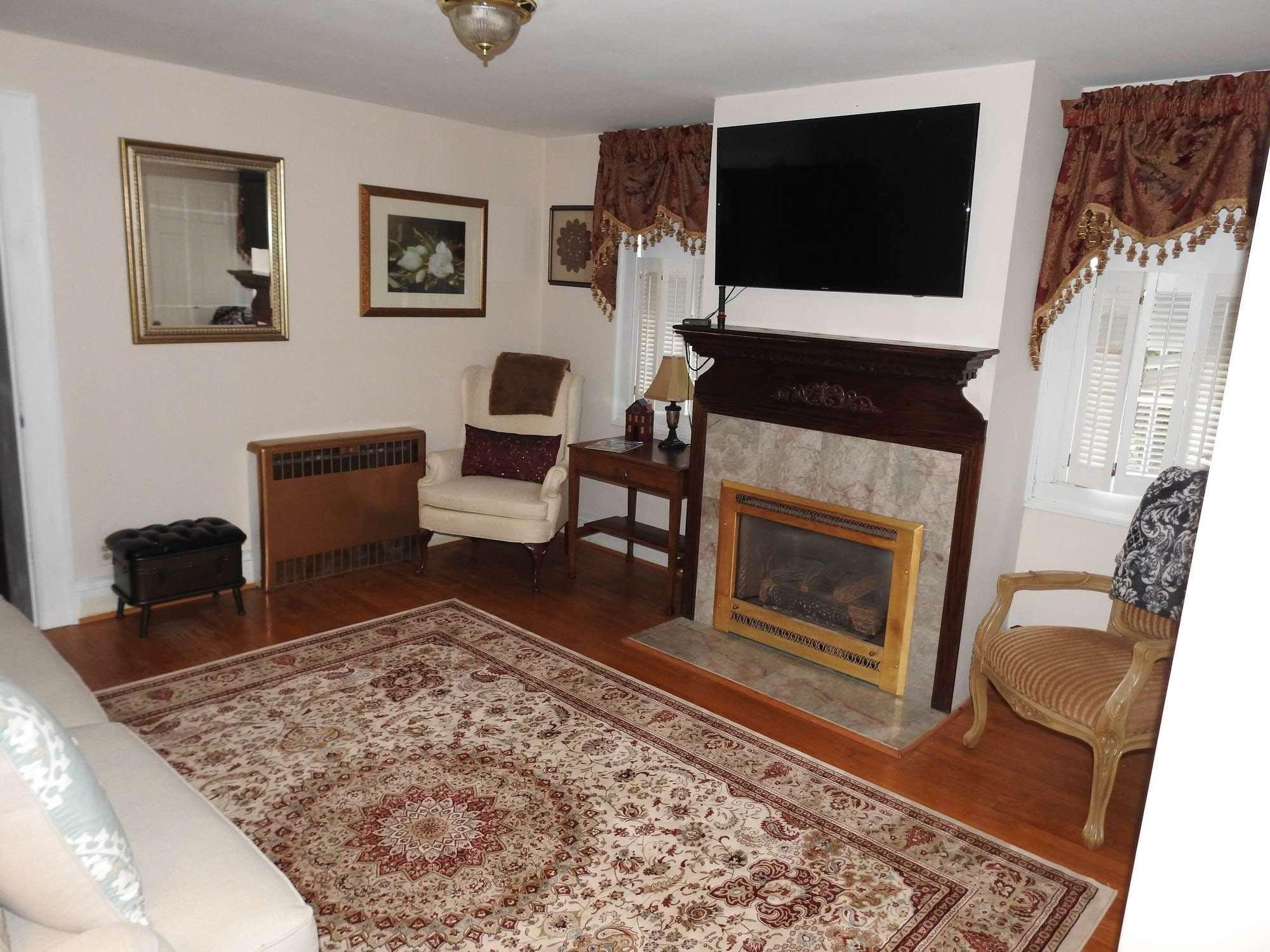 Magnolia Manor Bed and Breakfast Inn