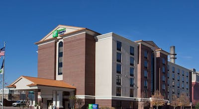 Holiday Inn Express Hotel & Suites Indianapolis Downtown
