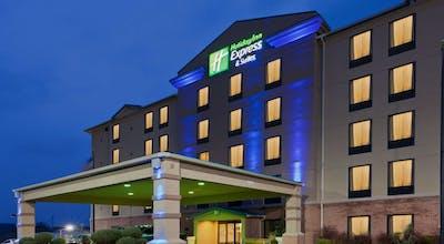 Holiday Inn Express Hotel & Suites Charleston Southridge