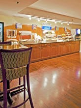 Holiday Inn Express Hotel & Suites Bradenton West