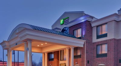 Holiday Inn Express Hotel & Suites Novi
