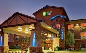 Holiday Inn Express Hotel & Suites Tehachapi