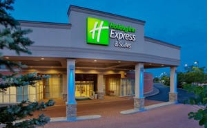 Holiday Inn Express Hotel & Suites Toronto Mississauga