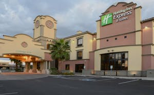Holiday Inn Express Hotel & Suites Tucson Mall