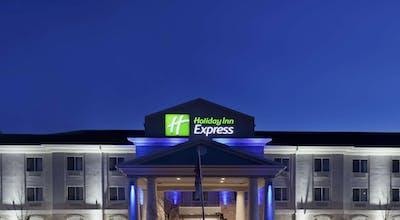 Holiday Inn Express Le Roy Bloomington