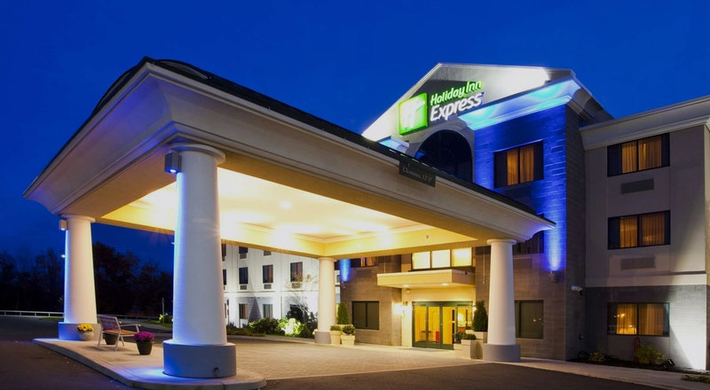 Last Minute Hotel Deals In Syracuse Hoteltonight